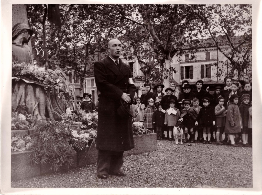 Discours de la libération au Plaça de Valence d'Agen